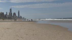 Рай ` s серфера, на австралийском Gold Coast главное туристское назначение видеоматериал