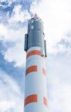 Ракета космоса над голубым небом Стоковое Изображение