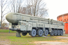 Ракетные комплексы русского PT 2PM2 Topol-M стратегические Стоковые Изображения