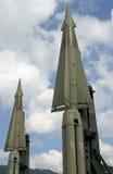 2 ракеты с ядерной боеголовкой готовой для того чтобы запустить стоковые фотографии rf