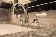 раковина ванной комнаты Стоковые Фотографии RF