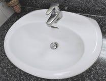 Раковина в ванной комнате Стоковое Изображение RF
