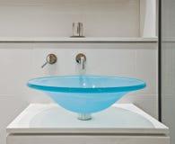 раковина стекла ванной комнаты Стоковые Фотографии RF