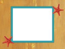Рамка бирюзы на деревянной предпосылке Стоковое фото RF