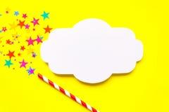 Рамка волшебная палочка на желтой предпосылке Стоковые Фото