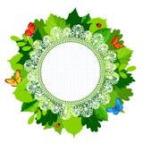 Рамка листьев лета круглая с шнурком и бабочками Стоковое Изображение