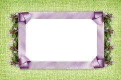 Рамка и цветки сатинировки Стоковое Фото