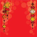 Рамка китайских фонариков и bokeh на красном цвете Стоковое фото RF