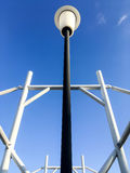 Рамка крыши железного каркаса с полом неба Стоковая Фотография