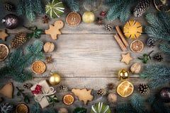 Рамка рождества, предпосылка с украшениями Подарок рождества, pi стоковое изображение