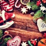 Рамка рождества с винтажными украшениями Стоковые Фотографии RF