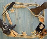 Рамка с аксессуарами пирата Стоковые Изображения