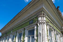 Рамки высекаенные русским деревянных домов Стоковые Фотографии RF