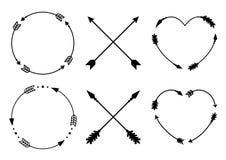 Рамки стрелки круга и сердца для вензелей Стрелки битника креста Criss Стрелки в стиле boho Племенные установленные стрелки векто Стоковые Изображения