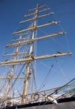 Рангоут корабля на голубом небе Стоковые Изображения RF