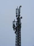 Рангоут клетчатого сообщения с антенной микроволны Стоковые Фотографии RF