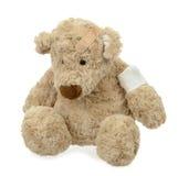 раненный игрушечный медведя Стоковые Фотографии RF