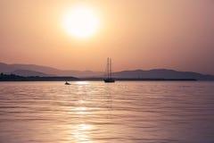 Раннее утро на море Стоковые Изображения