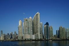 Рано утром взгляд небоскребов Панама (город), Панама стоковые фотографии rf