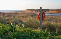 Рано утром, пляж Alnmouth и залив Стоковое фото RF