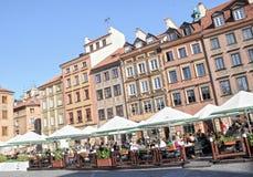 расквартировывает старый городок warsaw tenement Польши стоковая фотография
