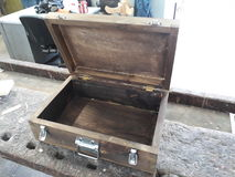 Раскройте деревянную коробку Стоковое фото RF