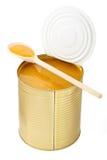 Раскройте жестяную коробку при изолированное пюре манго Стоковое фото RF
