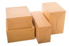Раскройте картонную коробку изолированную на белой предпосылке. Стоковая Фотография RF