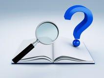 Раскройте книгу и вопросительный знак Стоковые Фотографии RF