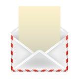 Раскройте конверт при изолированный объект чистого листа бумаги Стоковая Фотография RF