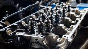 Раскройте корпус двигателя с поршенями стоковые фотографии rf