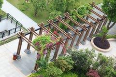 раскройте павильон деревянный стоковые фотографии rf