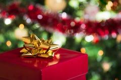 Раскройте подарок рождества стоковые изображения