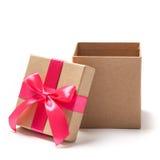 Раскройте присутствующую коробку - фото запаса Стоковое фото RF
