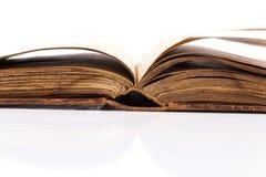 Раскройте пробел книги на белизне Стоковые Изображения RF