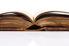 Раскройте пробел книги на белизне Стоковая Фотография