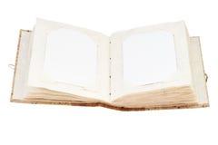 Раскройте старый фотоальбом с местом для ваших изолированных фото на whit Стоковое Фото