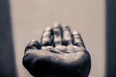 Раскройте человеческую руку стоковые изображения