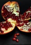 раскройте pomegranate Стоковая Фотография RF