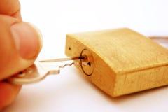 раскрывая padlock Стоковое Изображение