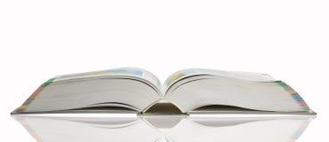 Раскрытая книга стоковые изображения