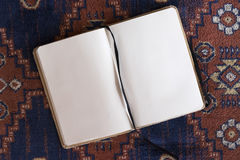 Раскрытая пустая тетрадь Стоковая Фотография RF