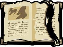 Раскрытая старая книга Стоковые Изображения RF