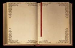раскрытая старая книги Стоковые Изображения RF