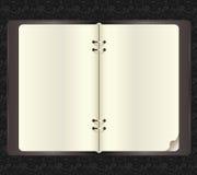 Раскрытая тетрадь с бумажными зажимами в векторе Стоковое Изображение