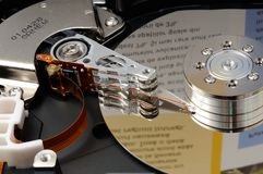 Раскрытый жесткий диск компьютера Стоковое Фото