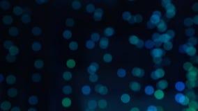 Расплывчатые воздушные пузыри идя вверх в цвет воды и изменения Круглые пузыри кислорода bokeh поднимая вверх по подводному иллюстрация штока