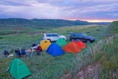 Располагаться лагерем в вечере стоковые фотографии rf