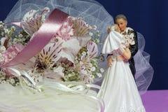 расположение кладет цветки в коробку конфеты Стоковая Фотография RF
