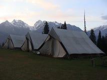 Располагаться лагерем в шатрах Стоковые Изображения